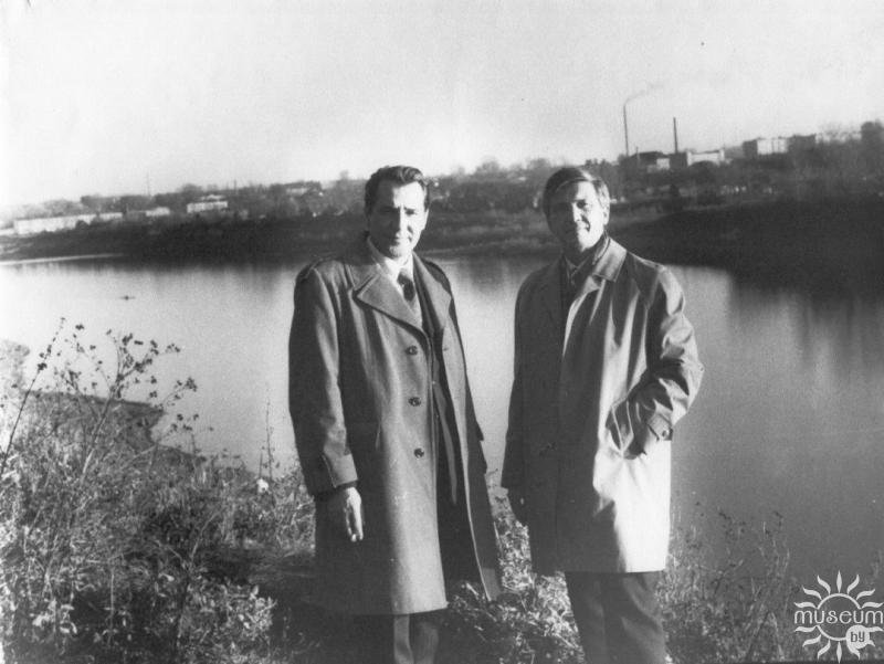 Friends Anatoliy Grechannikov and Ales' Savitskiy in Polotsk on the bank of the Western Dvina. 1975